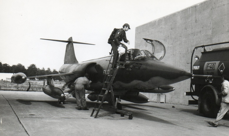 Starfighter Volkel-Toul 73024