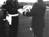 Remise du fanion escadrille par Pissochet
