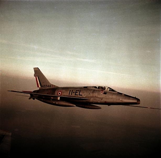 F100-C02.jpg
