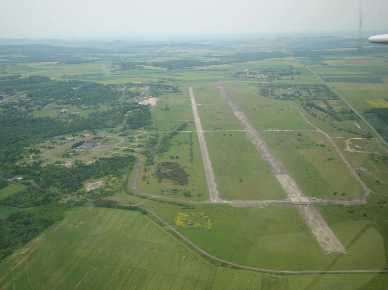 Base 136 Toul Rosières