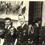 1954-Mourey-Lenestour et moi (Hartman) ; plus à droite, j'identifie,Testé et Sanson